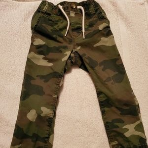 Old Navy army style jean